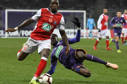 Sheyi Ojo in action for Stade Reims against Toulouse in a Ligue 1 clash