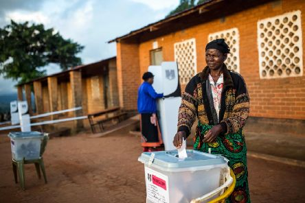 A woman casts her vote at Masasa Primary School polling station in Mzuzu on 21 May (Picture: Patrick Meinhardt/AFP/Getty)
