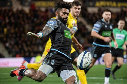Niko Matawalu helped Glasgow turn things round in La Rochelle. Picture: AFP/Getty