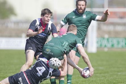 Hawick's Bruce McNeil calls for the ball against Kelso (picture by Bill McBurnie).
