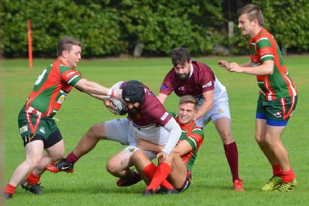 It was a close game all round between Gala YM in maroon, and Dalkeith (picture by Brian Gould)