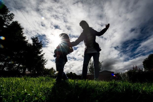 Holyrood committee backs proposed smacking ban in Scotland