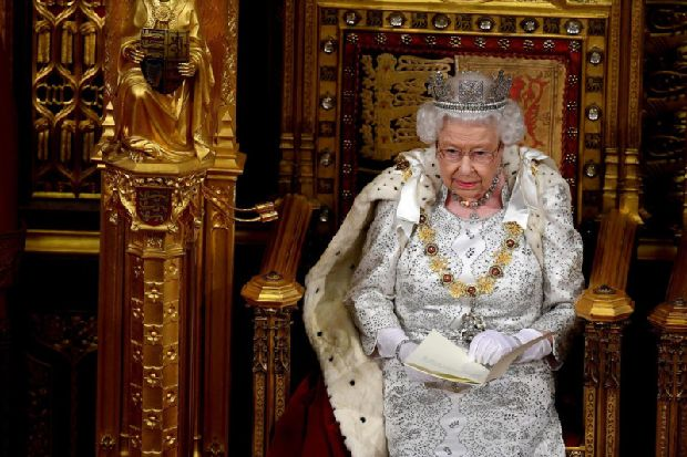 Queen's speech: Brexit to be delivered by 31 October