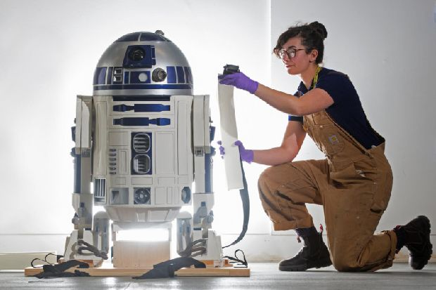 R2-D2 lands at V&A Dundee for celebration of robots