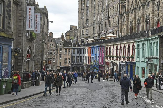 Owners of a Harry Potter themed shop in Edinburgh face legal action from Warner Bros