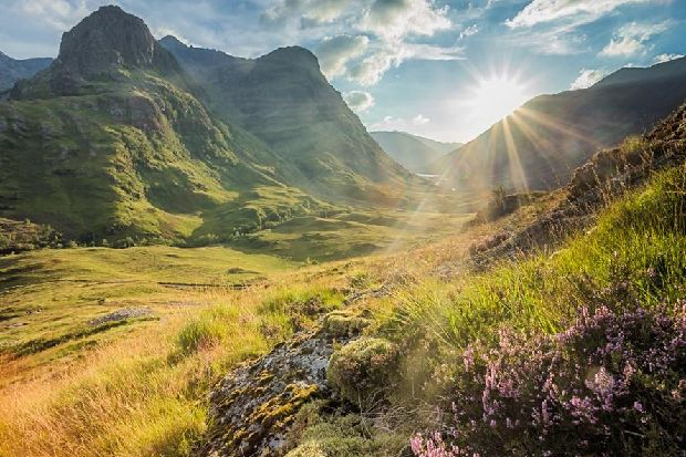 15 of the most picturesque landmarks you should visit in Scotland