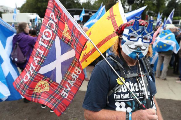 Yes campaigners form new body to target floating Scottish Independence voters