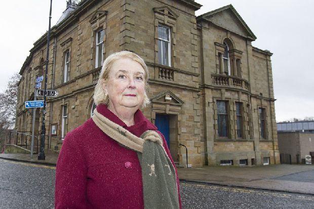 Jedburgh residents set to fight town centre closures