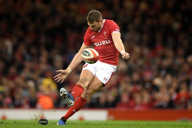 Six Nations: Dan Biggar expected to face France following head-injury protocols