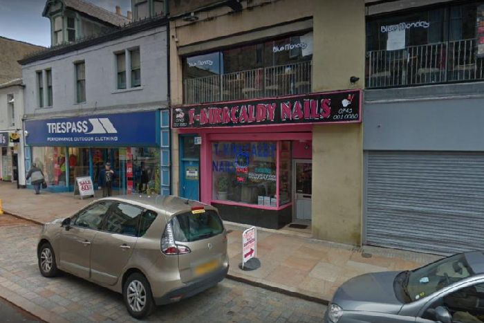 Police raid on nail bar finds illegal workers - Fife Today