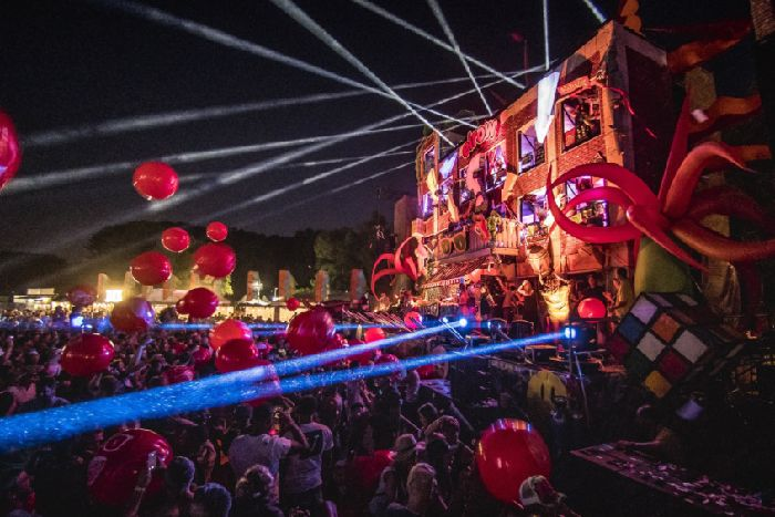 Edinburgh first for immersive house and techno event elrow Town