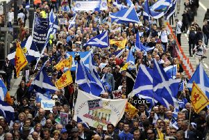 Support for the independence remains behind staying in the UK, the poll shows