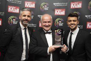 Scottish Sports Awards 2019'Local Hero Award winner Gary McLaughlin with Keith Lasley & Gordon Duncan