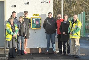 Pictured above, following the installation of the defibrillator, are Morag Duncan (Duns First Responder), James Inkpen (C F Inkpen & Sons Ltd), Nikki Anderson (Treasurer, Duns RFC), Sean Robertson (Duns Swimming Pool), Stephen Wood (Duns RFC), Mark Dixon (Secretary, Duns FC), Colin Turner and Iain Lothian (Duns First Responders).