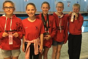 A group of the young Duns swimmers