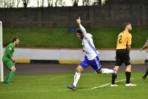 SCOTTISH LEAGUE 2'BERWICK  RANGERS V PETERHEAD'(DUNCAN BROWN)''PETERHEAD'S JACK LEITCH OPENS THE SCORING