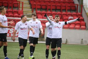 Clyde celebrate a David Goodwillie goal
