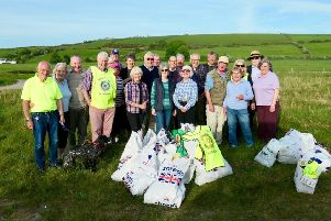 Rothesay Rotary Beach Clean and BBQ at Ettrick Bay. Photo supplied by Ronnie Falconer.