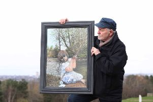 Lanark artist Ian Irving with portrait of granddaughter. Ap 2019