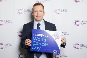 Cumbernauld, Kilsyth and Kirkintilloch East MP Stuart McDonald shows his support for World Cancer Day