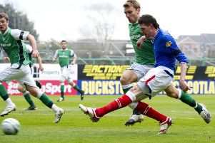 Kyle Lafferty scored to clinch the 20009/10 title for Rangers at Easter Road