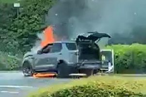 Blaze: The car burst into flames at the BP garage in South Queensferry (credit: Joey Thomson)
