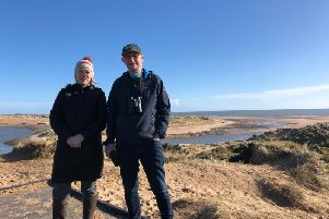 Gillian Martin MSP with Heads Up for Seals Project Project Manager Ron Macdonald at Newburgh Beach