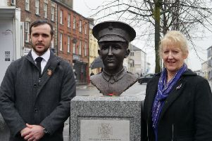 Denny artist Helen Runciman is pictured with the sculpture of Private William McFadzean and the First World War Hero's great-great-nephew Jack