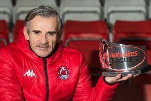Danny Lennon with his Ladbrokes League Two Manager of the Month award (pic by SNS)