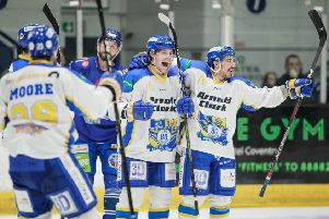 Fife Flyers celebrate victory at Coventry Blaze to wrap up a four-point weekend, February 2019 (Pic: Scott Wiggins)