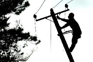 Engineers are working to restore supplies following reports of power cuts in Kirkcaldy. Pic: TSPL