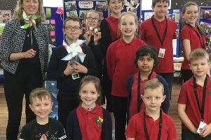 Jenny Gilruth MSP with STEAM ambassadors from Pitteuchar East Primary
