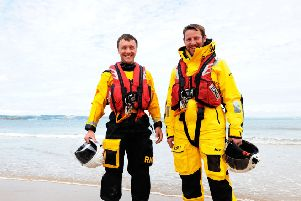 Volunteers George Hodge (left) and Barry Gourlay (right) from Anstruther.