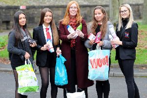 Pupils from Balwearie High were among those who donated to the campaign.  They are pictured with Cara Forrester.  Pic: Fife Photo Agency