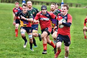 Newton Stewart winger Robbie McCornick running up the wing against Jordan-Hillhead (picture: BB Photography)