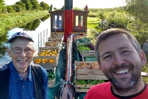 Iain Withers of Narrowboat Farm with Wee Spark skipper Jimmy MacFarlane