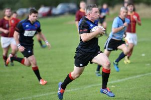 Rab Cairns on his way to a try for Linlithgow (pic by Graham Black)