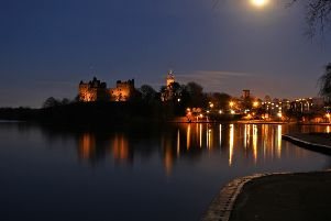 Linlithgow Loch and Palace, pic taken by William Chalmers of Shieldhill.