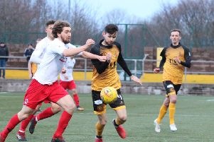Ray Grant and Clyde had to settle for a point at Annan on Saturday (pic by Alan Watson).