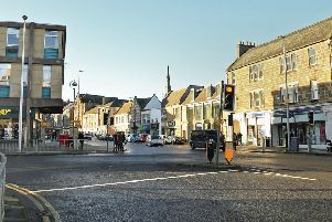 Officers attended the report of an ongoing disturbance in the area of Dalkeith High Street.