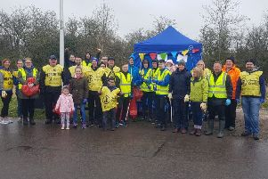 Carluke's Burn Road residents association on Spring Clean with Milton Rovers.
