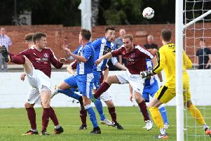 Linlithgow Rose 1-1 Penicuik Athletic. .  EOS LEAGUE CUP (picture: John Devlin)