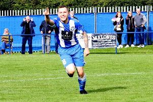 Penicuik v Dundonald Bluebell (picture: Jim Dick)