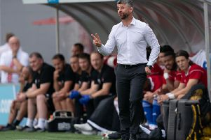 Stephen Robinson encourages his Motherwell troops at Hamilton Accies (Pic by Ian McFadyen)