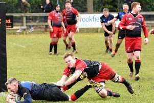 Rab Cairns going for the line to score Linlithgow's fourth try (pic by Graham Black)