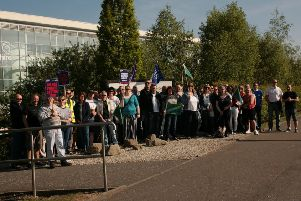 Lecturers at New College Lanarkshire return to the picket line