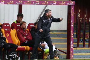 Motherwell manager Stephen Robinson roars his side on against Aberdeen (Pic by Ian McFadyen)
