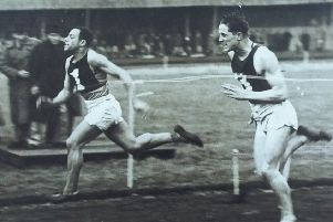 Sammy Cain wins the Powderhall Sprint in 1945