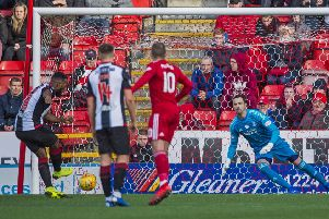 St Mirren's Duckens Nazon scores an early penalty to put the visitors ahead. Pic: SNS/Bill Murray