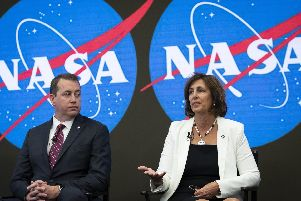 Nasa Chief Financial Officer Jeff DeWit and ISS Deputy Director Robyn Gatens